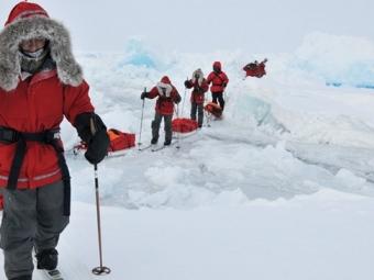 Ливанов исемеро школьников отправились покорять Северный полюс