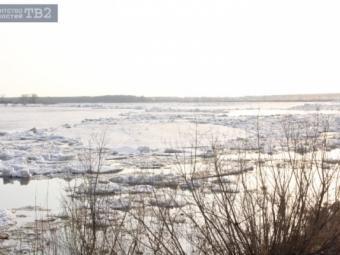 Ледоход наОби находится в11км отграницы Томской области
