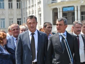 Зюганов иМеняйло заложили памятник Потемкину вСевастополе
