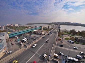 «Сибмост» завершил ремонт проезжей части Октябрьского моста