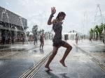 Жительница Челябинской области купалась голая вфонтане