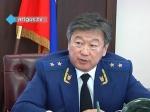 Президент Российской Федерации Владимир Путин продлил напять лет полномочия прокурора Бурятии Валерия Петрова