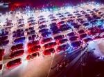 Самый большой триколор составили 500 авто вканун ДняРФ