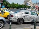 Renault покажет новое поколение Laguna вследующем месяце