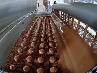 СМИ: РФможет запретить импорт шоколада