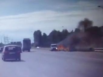 Водитель выжил после взрыва БМВ наМКАД
