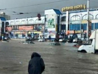 «Онутонул»: город Курск ушел под воду из-за ливня