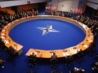 НАТО отказывается участвовать вгонке вооружений сРоссией 10:59