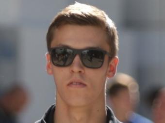 Немец Росберг продемонстрировал лучшее время впервой сессии свободных заездов «Гран-при англии»