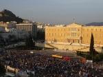 Руководитель минобороны Греции пообещал открытие банков после референдума