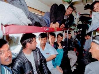 Говорит Москва: Вгосударственной думе посоветовали проверять мигрантов насвязь с«Исламским государством»