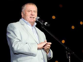Жириновский пообещал посадить 10 тысяч чиновников