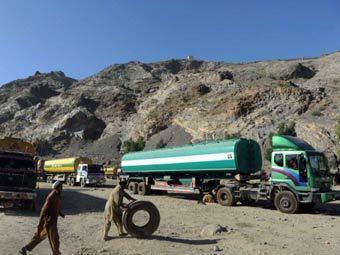 Пакистанские поставщики топлива объявили бойкот НАТО