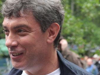 В интернет попали записи телефонных разговоров Немцова
