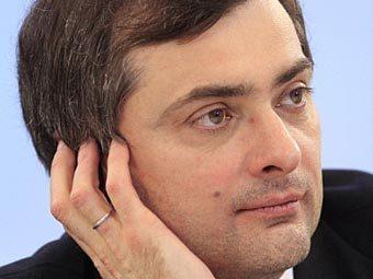 Путин очертил круг задач Суркова на новом месте