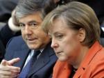 Меркель обязали отчитаться об обеде с главой Deutsche Bank