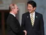 Владимир Путин и премьер-министр Японии Абэ поддержали инициативу о международном контроле химоружия Сирии