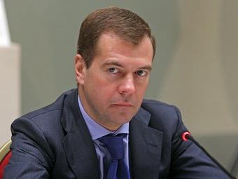 Дмитрий Медведев пообещал построить мост в Твери