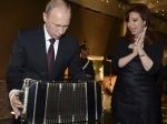 Аргентинский президент подарила Путину бандеон