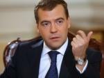 Медведев пригрозил Западу ограничить перелеты над Россией