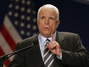 Маккейн посчитал позором отказ США оказать военную помощь Украине