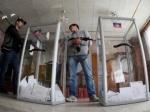 СБУ открыла дела по факту проведения голосования в ЛНР и ДНР