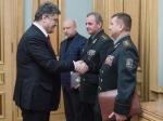 Украинские бойцы крепко держат оборону под Дебальцево— П.Порошенко