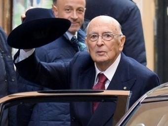 Ренци спорит относительно кандидата впрезиденты— Италия