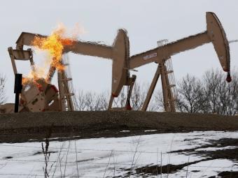 Рубль резко укрепился вслед завзлетевшей выше 56 долларов нефтью