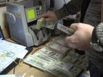 Белорусы вянваре начали расставаться сдолларами
