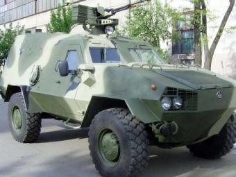 «Укроборонпром» смарта начнет поставки бронетранспортеров «Дозор-Б»
