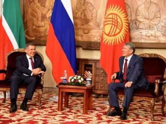 Рустам Минниханов встретился спредставителями татарской общины Кыргызской республики