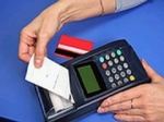 Минэкономразвития обяжет принимать к оплате карты