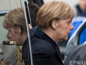 Яценюк обсудит финансовую ситуацию наУкраине сМеркель 1апреля