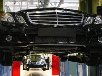 Мантуров неисключает возможности организации промсборки Mercedes вРФ