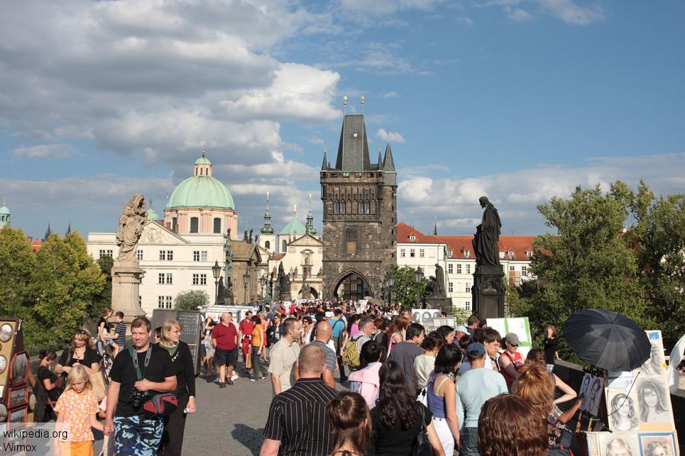 Чехия может вступить в зону евро в 2020 году