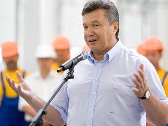 Янукович предложил провести газопровод по территории Украины