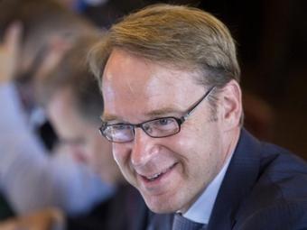 Руководитель Бундесбанка: выход Греции изеврозоны угрожает большими потерями бюджету Германии
