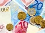 Курс евро на ММВБ закрепился ниже 43 рублей