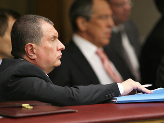 """Путину предложили отсрочить приватизацию """"Роснефти"""" и """"Транснефти"""""""