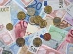 Евро опустился ниже 39 рублей впервые за полтора года
