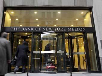 Власти США засудят старейший банк страны за обман клиентов