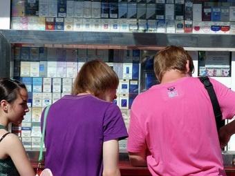 Эксперты: цена за пачку сигарет в 200 руб остановит только школьников