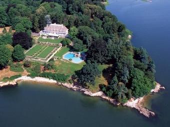 В США продан самый дорогой за всю историю дом