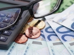 Доллар иевро растут поотношению крублю
