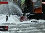 NYT: Нью-Йорк приостанавливет работу общественного транспорта из-за снежного шторма