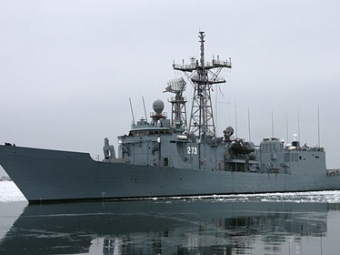 Столкнулись два польских военных корабля. Пришлось прекратить маневры