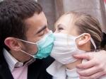 Ученые: Вирус гриппа чаще всего передается через рукопожатия