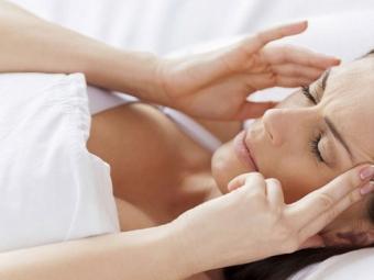 Ученые: Медитация помогает справиться сбессонницей