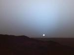 NASA показало закат наМарсе
